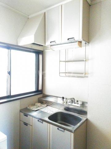 ウッドベルⅢ 101号室のキッチン