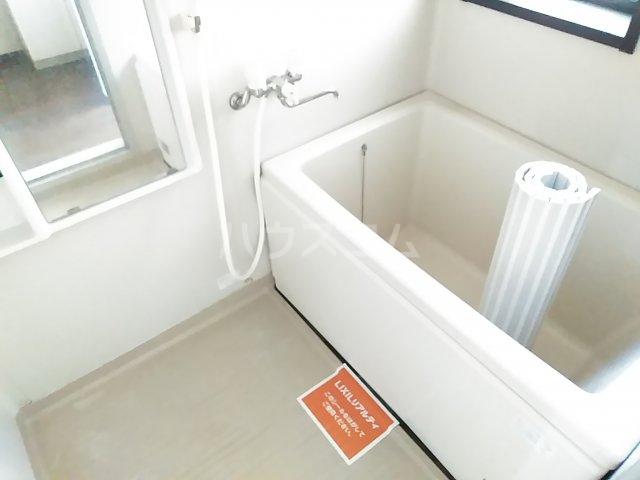 ウッドベルⅢ 101号室の風呂