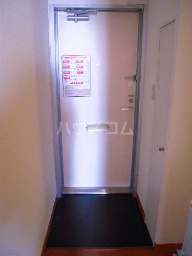 レオパレスキノーレ 202号室の玄関