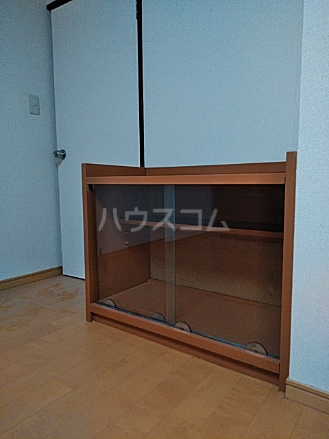 石川ビル 302号室のベッドルーム