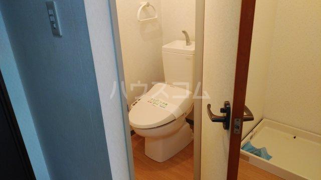 プラムガーデン 402号室のトイレ