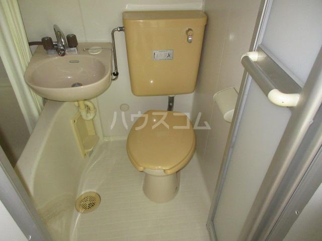 PURE BLOG 2号室のトイレ