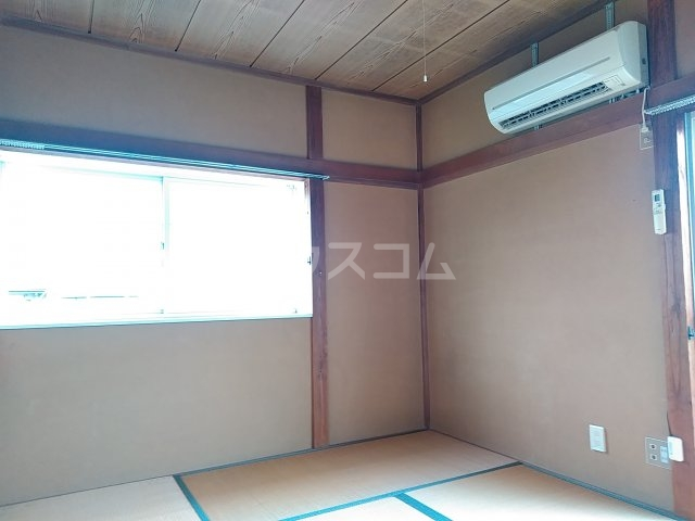 コーポルークワットB 201号室のベッドルーム