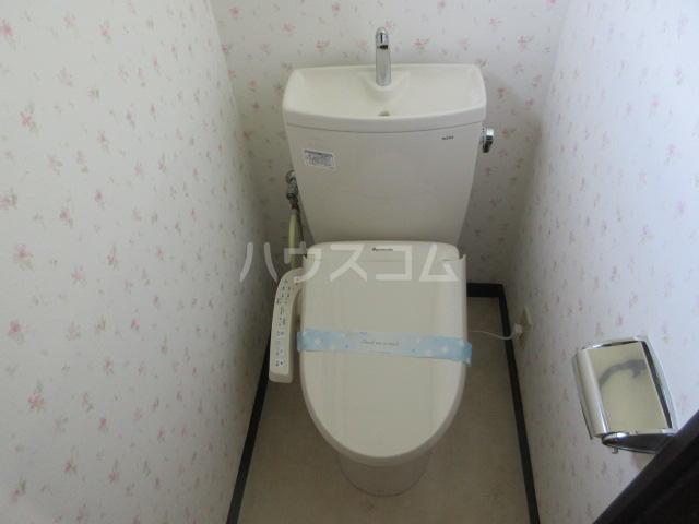 コーポルークワットB 202号室のトイレ
