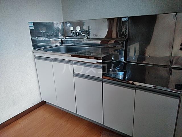 江幡コーポ 105号室のキッチン