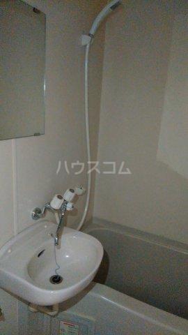 シャルマンワタリ 110号室の洗面所