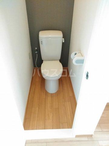 アネックス中川A 103号室のトイレ