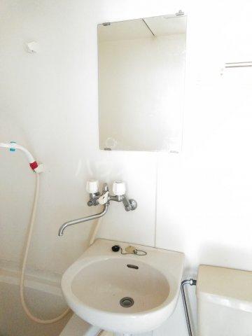 T.CORDビル 401号室の洗面所