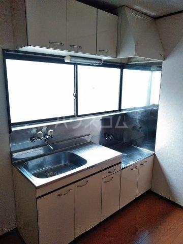 オルベージュB 202号室のキッチン