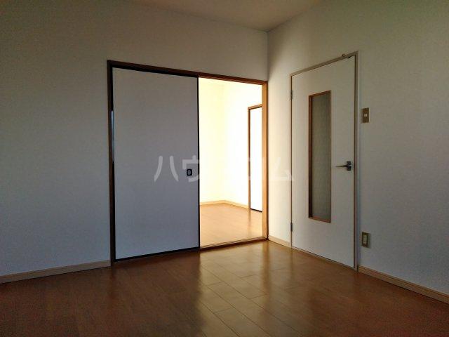 カームコア 106号室の