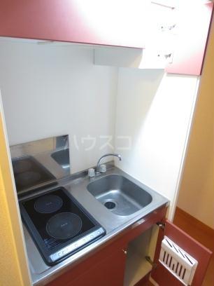 レオパレス紅梅 103号室のキッチン