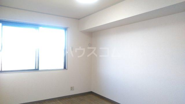 セジュール・ナカ 203号室の居室