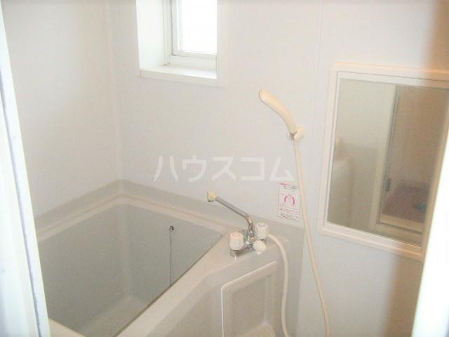 エスポワール・シャンブル 102号室の風呂