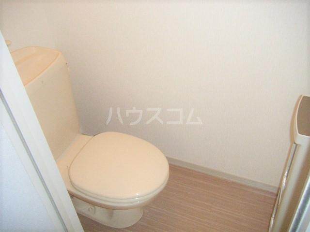 エスポワール・シャンブル 102号室のトイレ