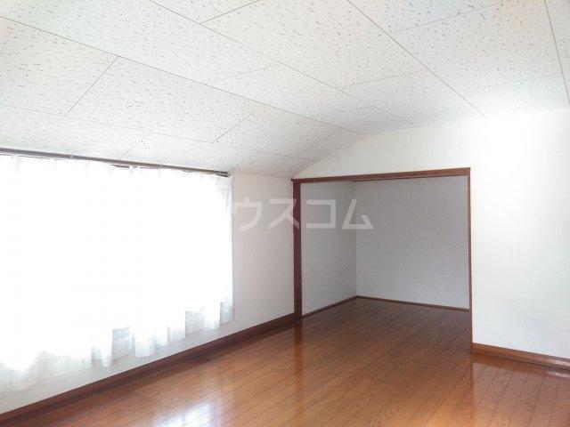 クラシカル金町 101号室の居室
