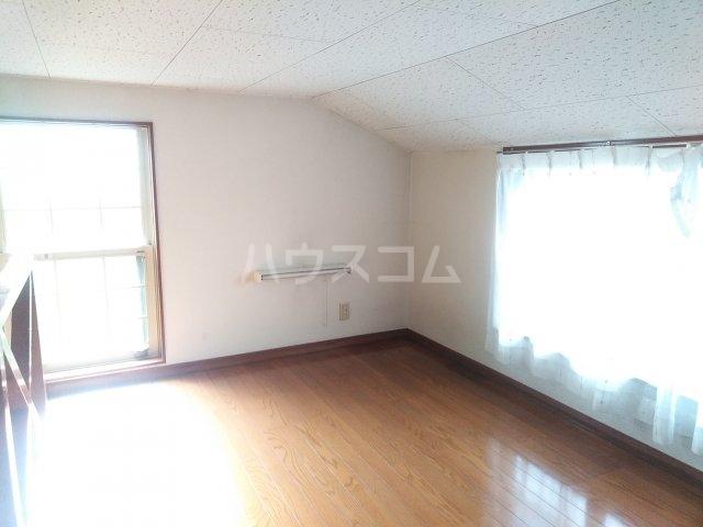 クラシカル金町 202号室の居室