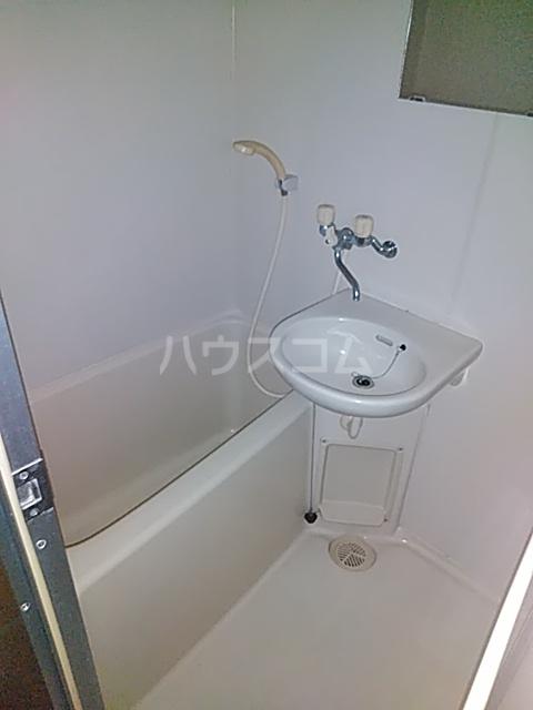 クラシカル吉住 103号室の風呂