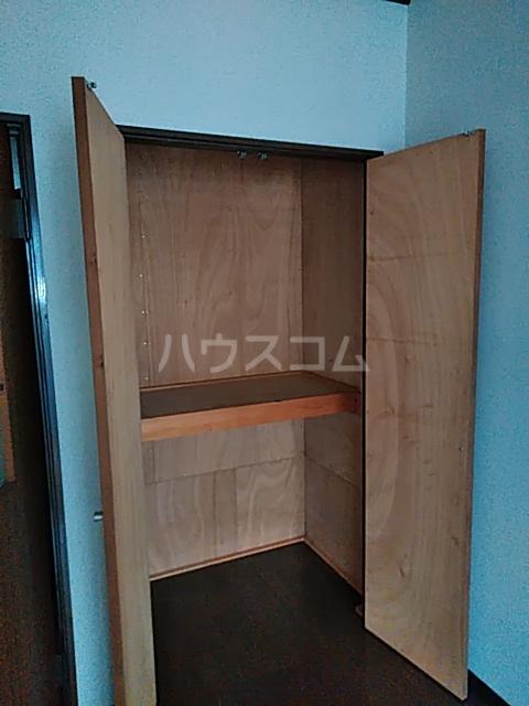 クラシカル吉住 103号室の収納