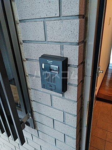 アクアシティ備前町 402号室の玄関
