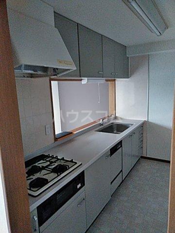 アクアシティ備前町 402号室のキッチン
