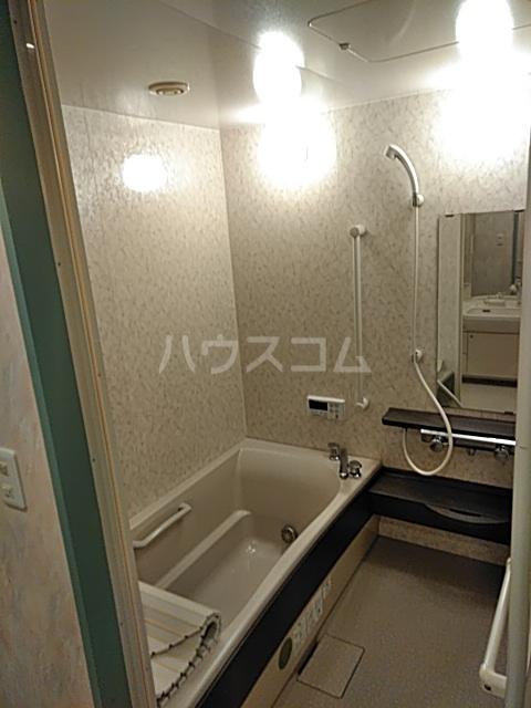 アクアシティ備前町 402号室の風呂