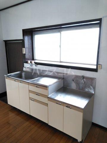 蔀住宅のキッチン