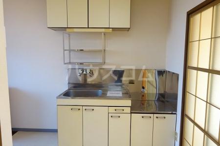 プレリ西大島 313号室のキッチン