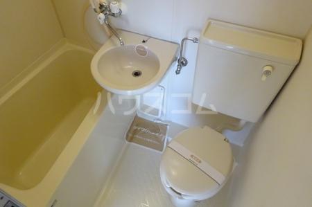 プレリ西大島 313号室の風呂