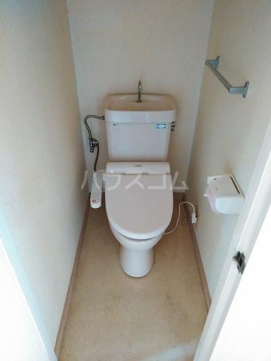 リエス友部 301号室のトイレ