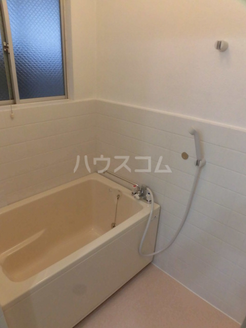 ビュー調布ヶ丘 202号室の風呂
