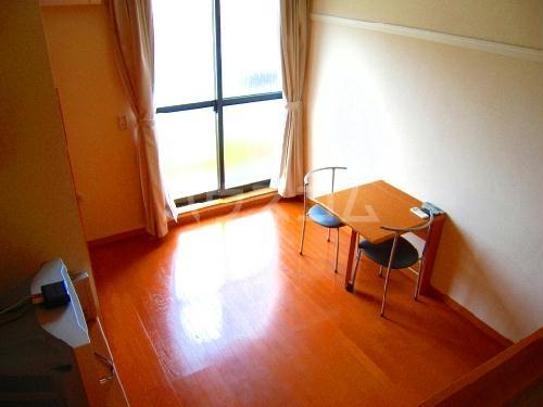 レオパレスマロンハイム 209号室のベッドルーム