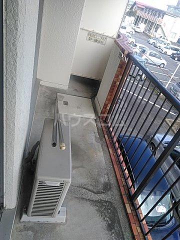 プラムガーデン 211号室のバルコニー