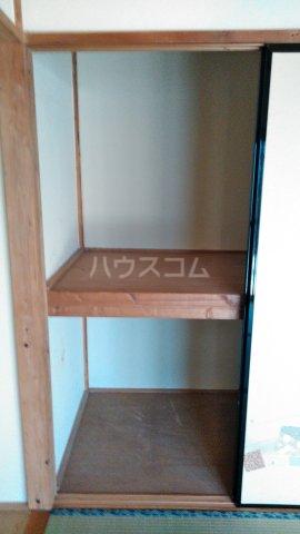 竹谷貸家の玄関