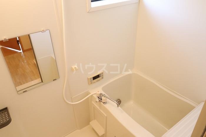 ベル・エクレールB 101号室の風呂