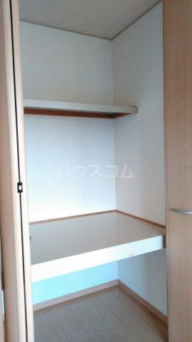 ボナールB 203号室の収納