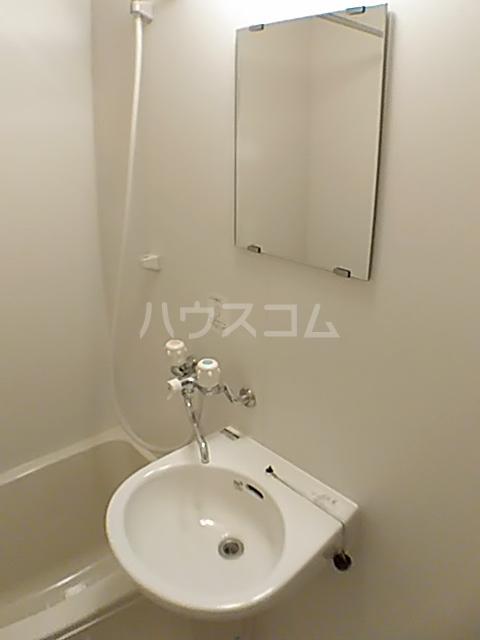 サンコート国領 104号室の洗面所