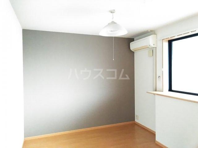Lumiere・S(ルミエール・エス) 102号室の居室