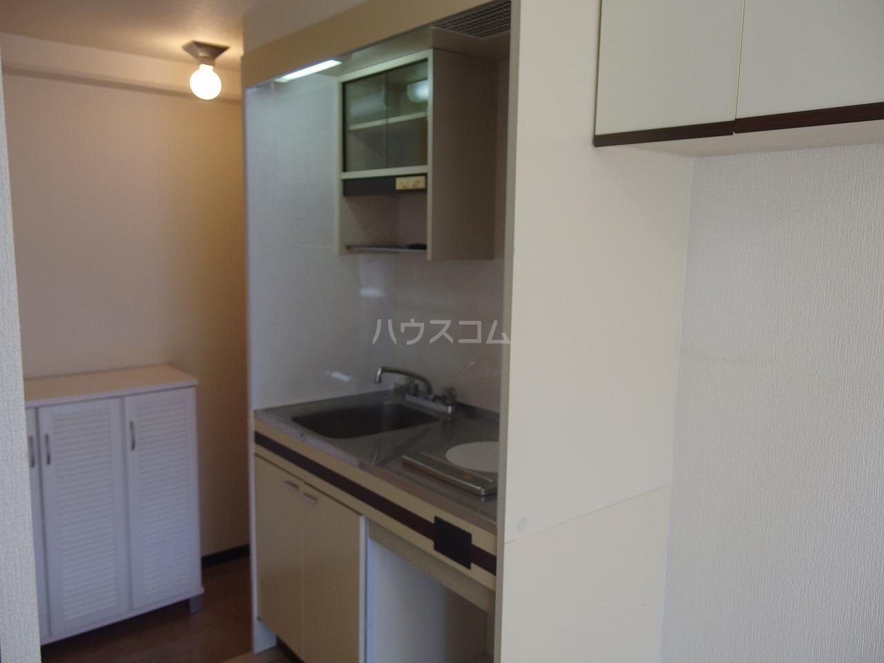 グランラパン 101号室のキッチン