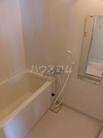 エスペランザヴィエント 401号室の風呂