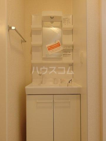 グランメール 102号室の洗面所