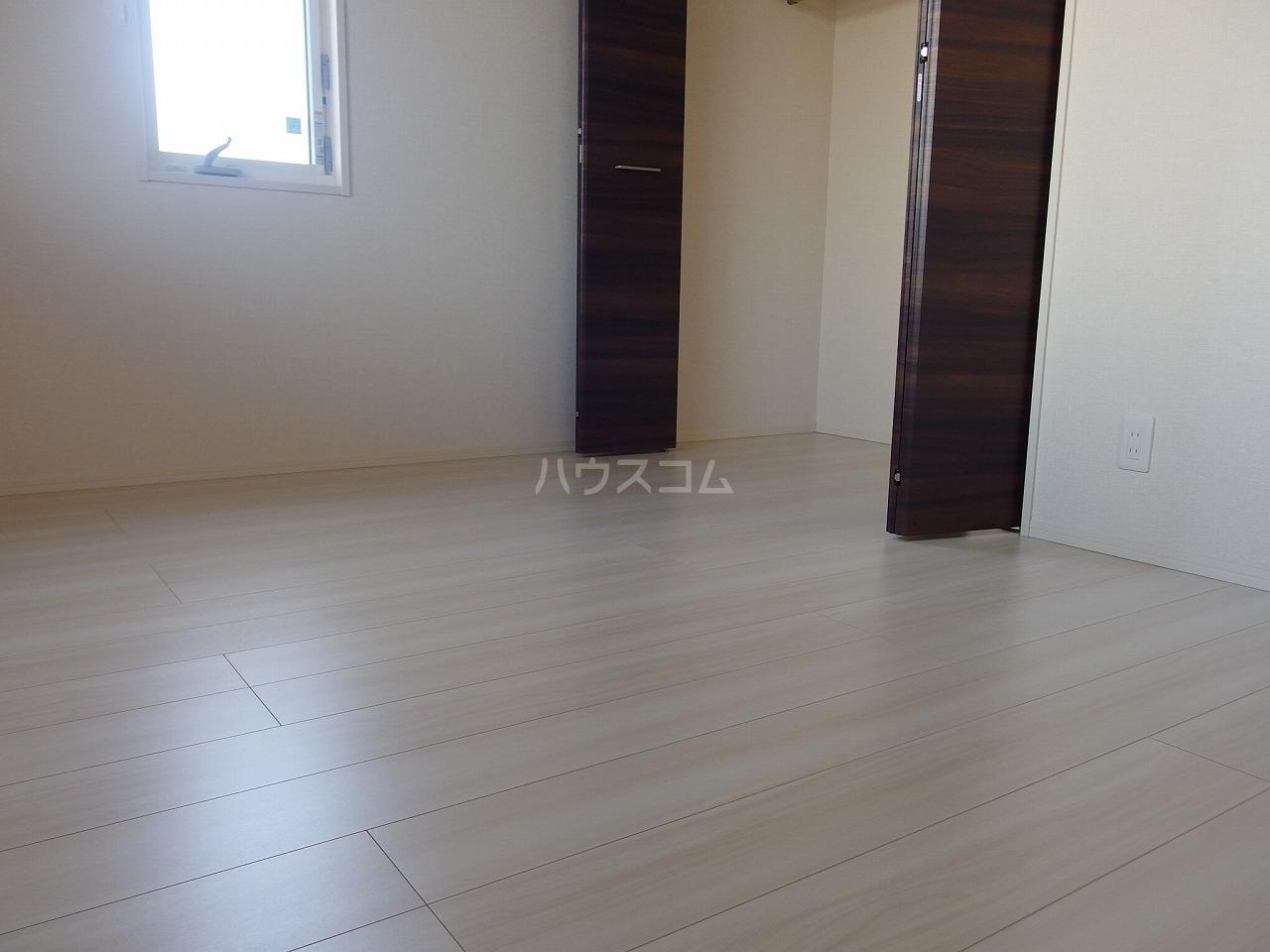 グランメール 103号室の居室