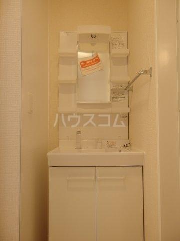 グランメール 103号室の洗面所