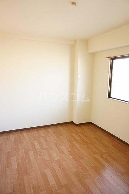 マリッチ高嶋 02040号室のベッドルーム