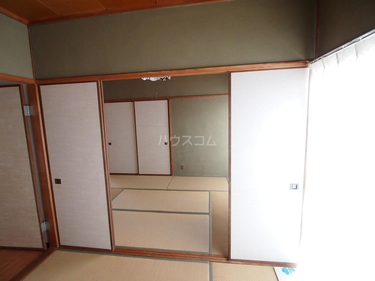 サクラハイツ 201号室の居室