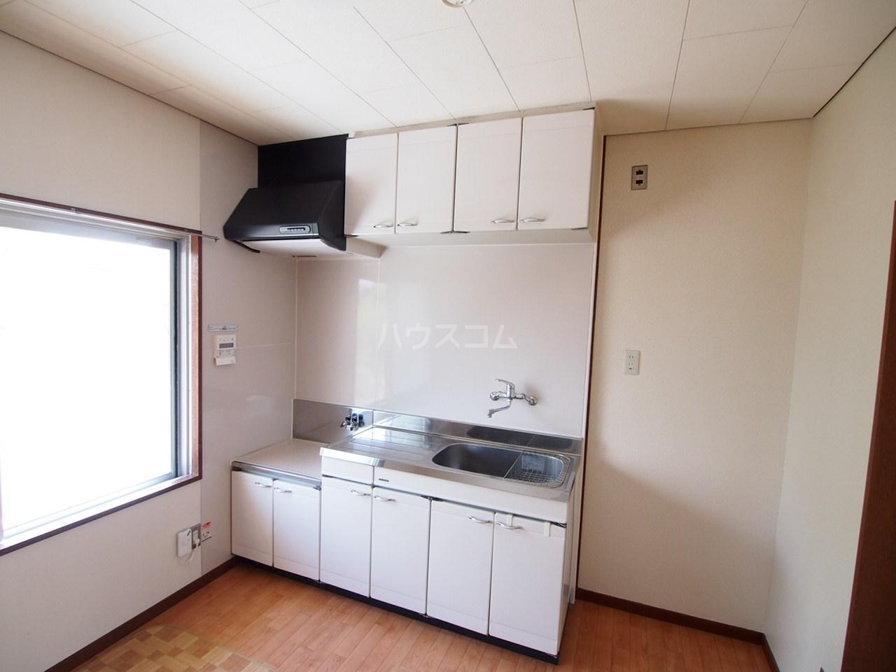 サクラハイツ 201号室のキッチン