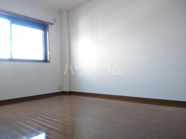 ボナール木太 203号室の居室