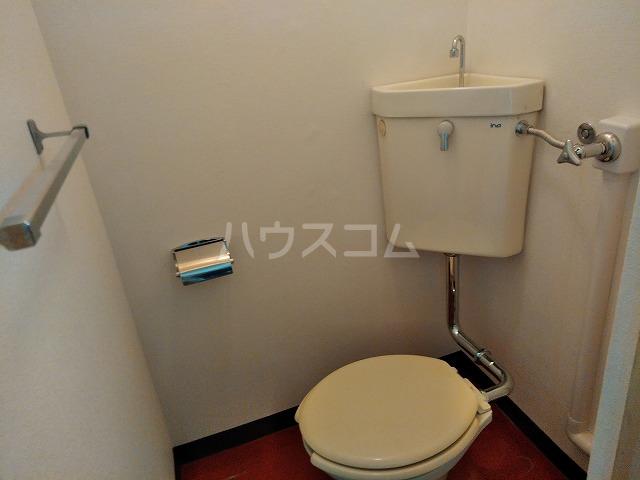 ラ・トゥール屋島百石 305号室のトイレ