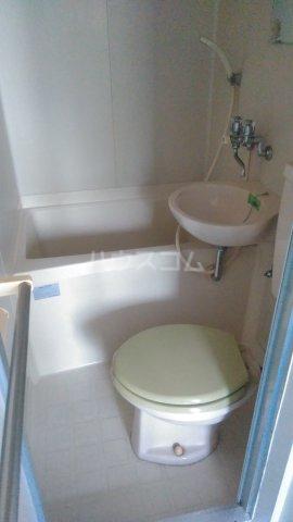 プライムハイム 302号室のトイレ