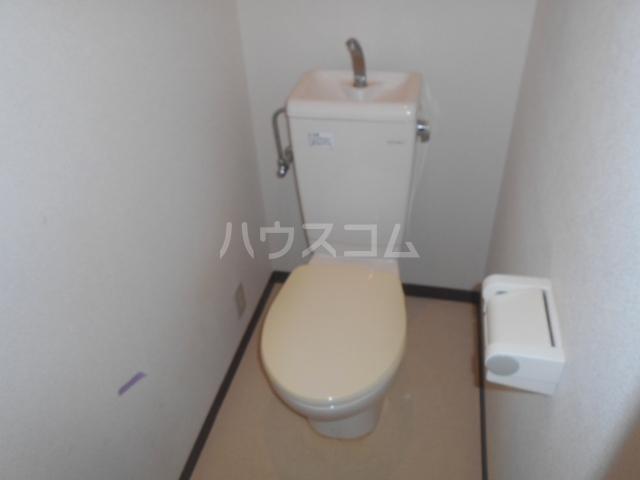 ベルコート 207号室のトイレ