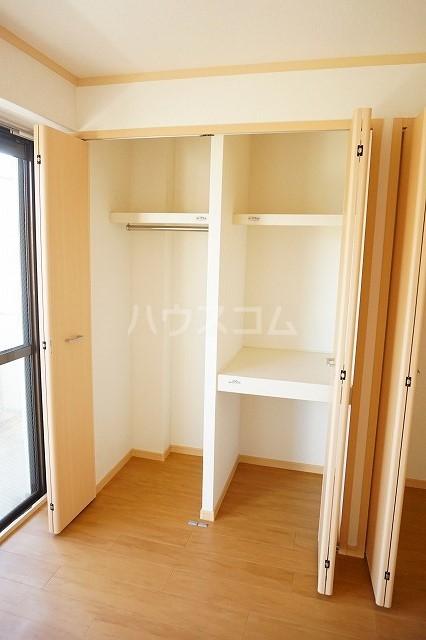 マリッチ高嶋 02060号室の収納